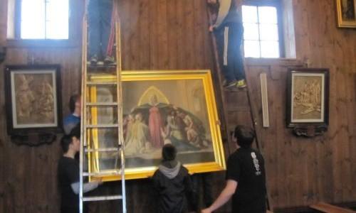 Montaż obrazu Matki Boskiej Wspomożenie Wiernych