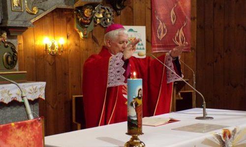 Udzielenie Sakramentu bierzmowania